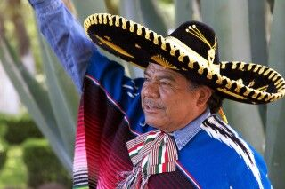 Fröhlich bunter Mexikaner