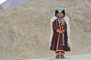 Ladakhi in traditioneller Tracht