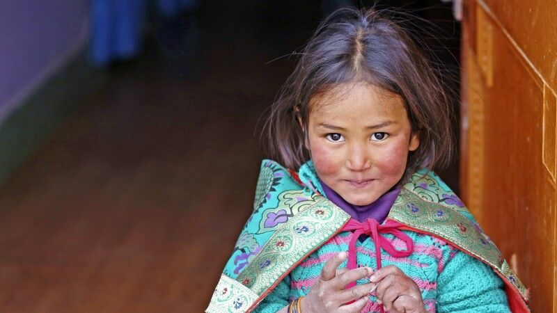 Kinderaugen in Ladakh © Diamir