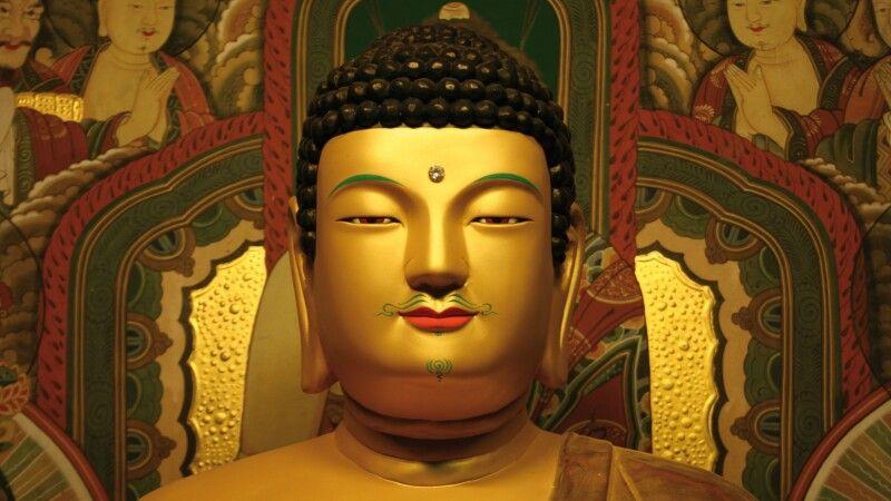 Buddha Statue © Diamir