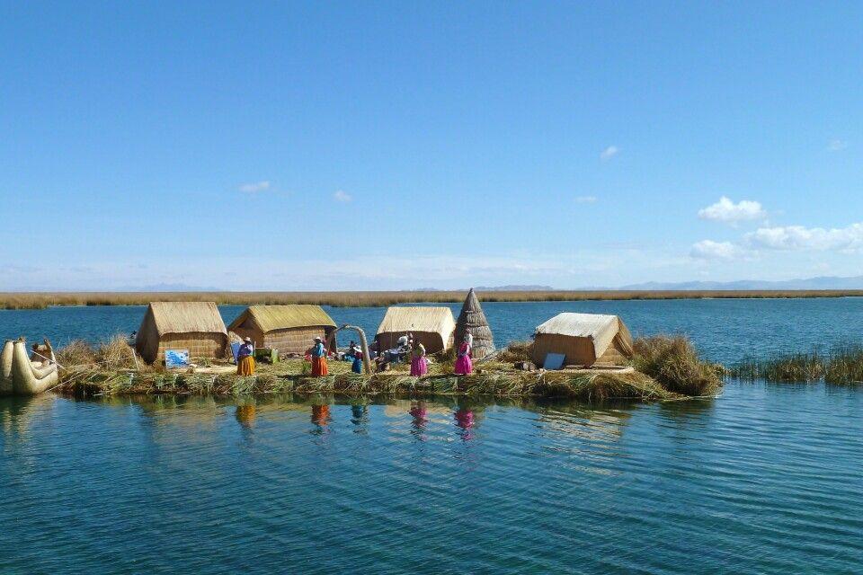 Uros-Inseln im Titicacasee
