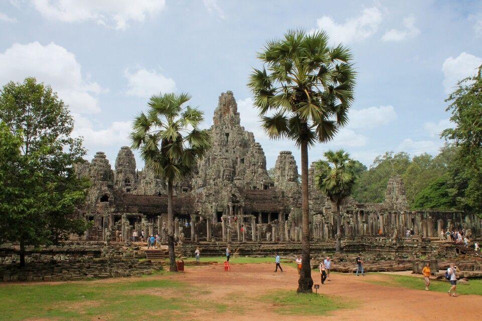 Bayon ist neben dem Angkor Wat die bekannteste und eindrucksvollste Tempelanlage in Angkor