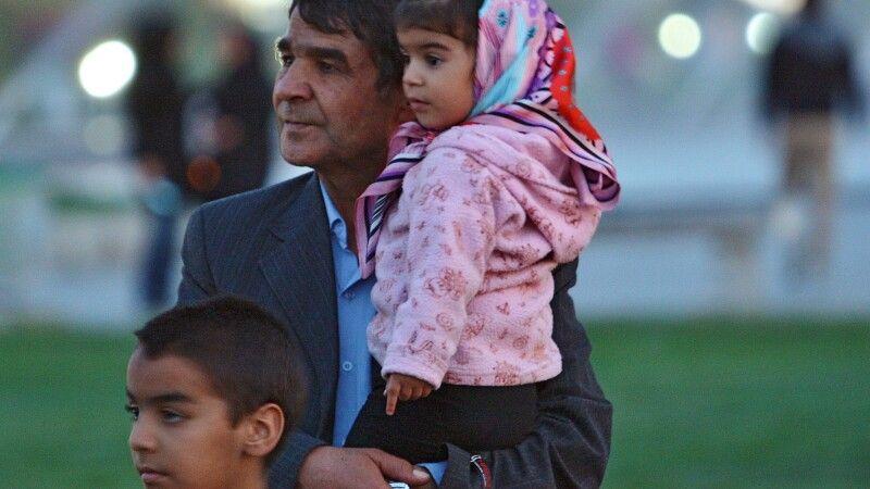 Familie in Isfahan © Diamir