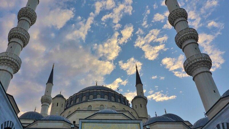 Asadi-Moschee Ashgabat © Diamir
