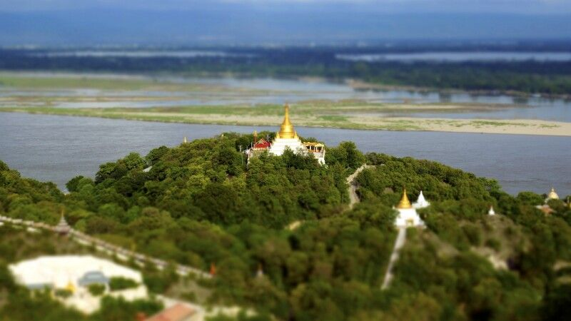 Sagaing Hill bei Mandalay © Diamir