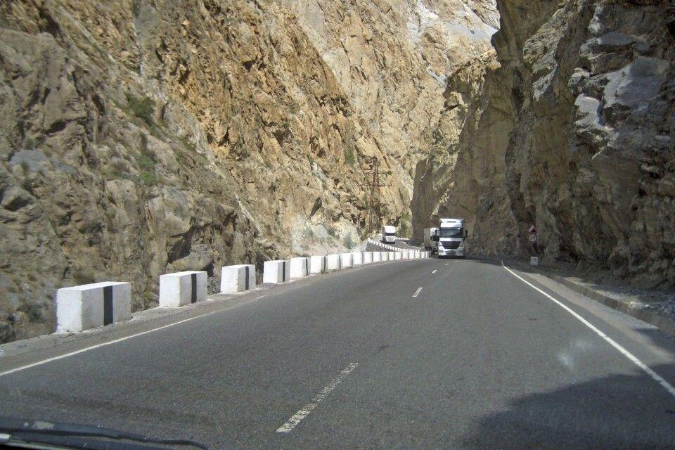 Auf der neuen Straße nach Pendschikent