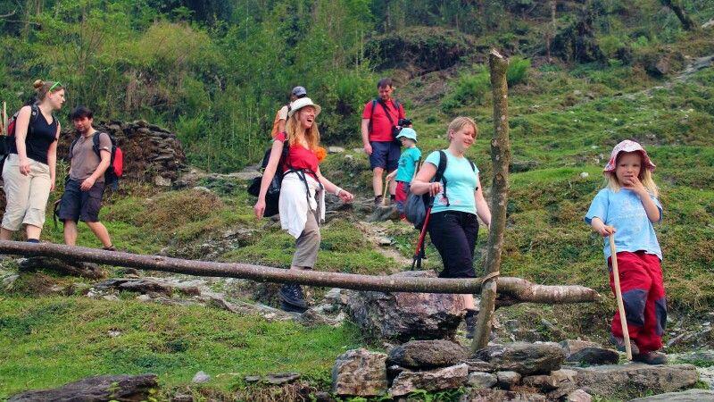 Trekkingweg bei Ghandruk © Diamir