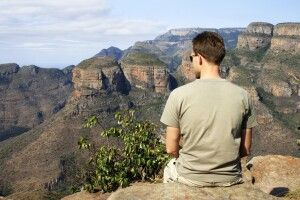 Sitzen mit Aussicht - Three Rondavels am Blyde River Canyon
