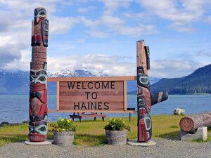Ortseingang von Haines, Alaska