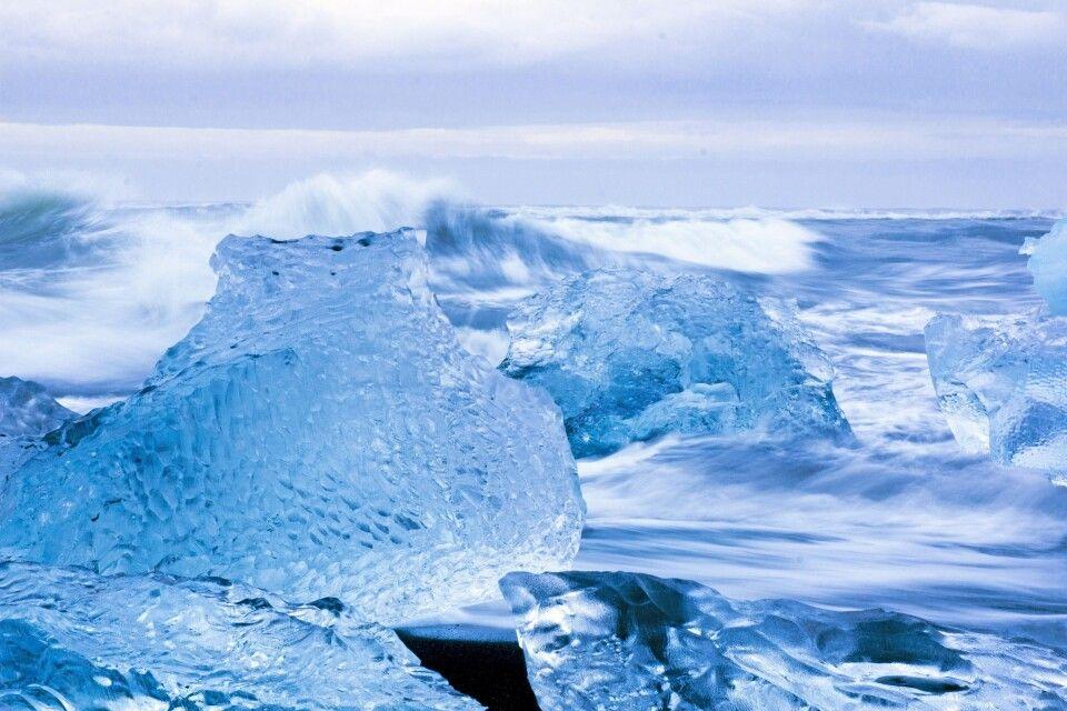 Eis und Wellen