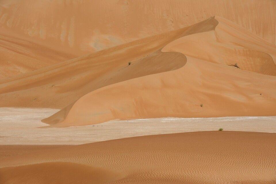Faszinierende Farbenpracht: Der Sand ist unterschiedlich gefärbt – mal weiß, mal rötlich, mal orange, mal gelb …
