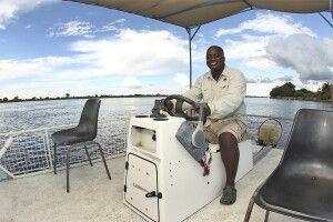 Auf einer Bootsafari in der Sambesi-Region