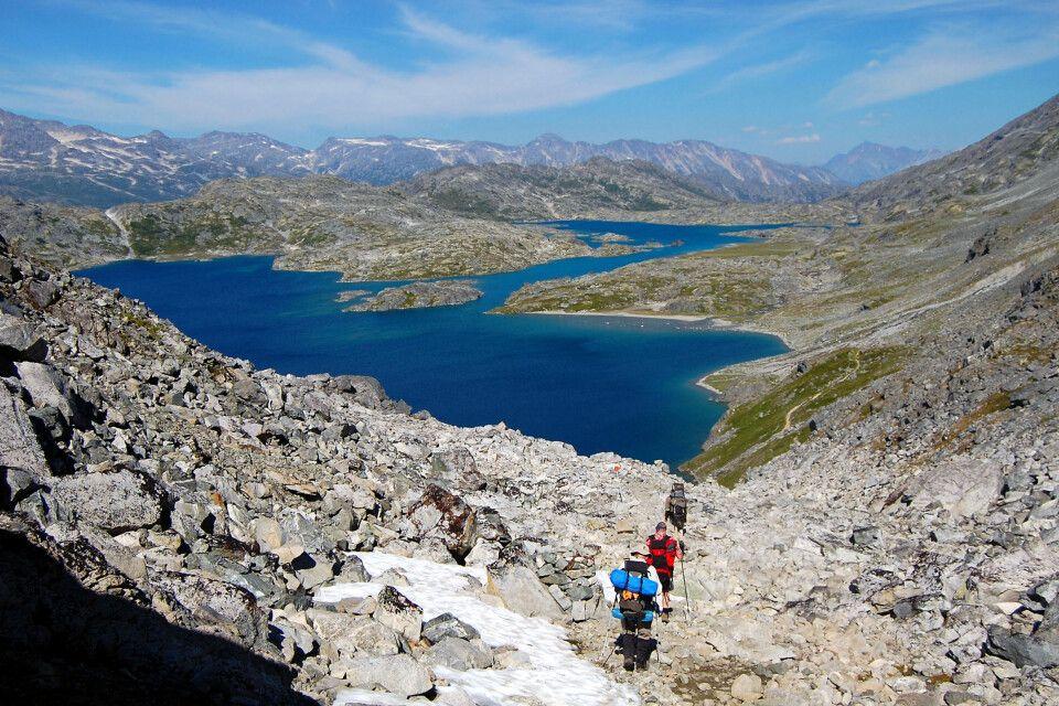 Wanderer nähern sich dem Crater Lake, Chilkoot Trail