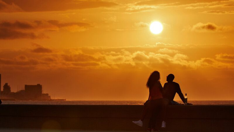 Sonnenuntergang am Strand © Diamir