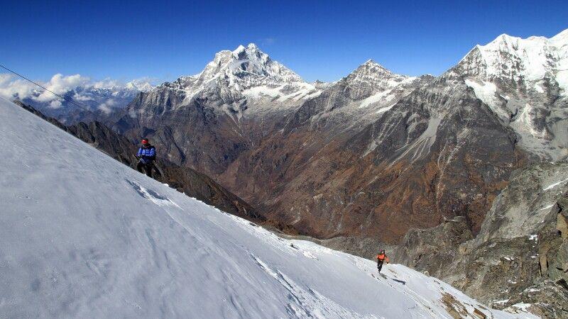 Besteigung des Yalung Ri (5630 m) © Diamir