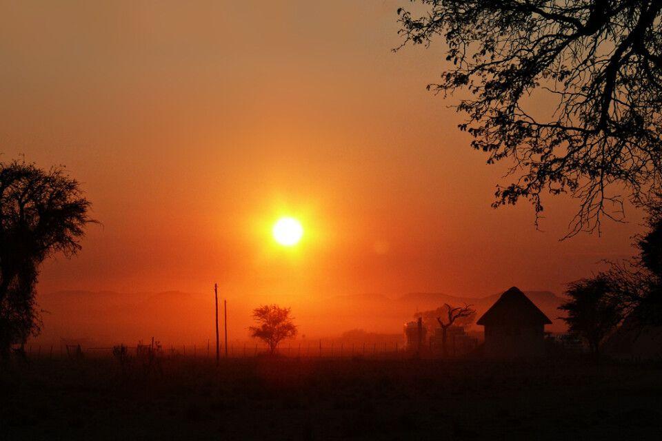 Sonnenuntergang im Namib-Naukluft-Nationalpark