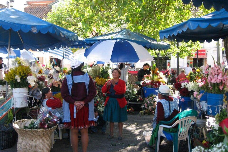 Blumenmarkt in Cuenca